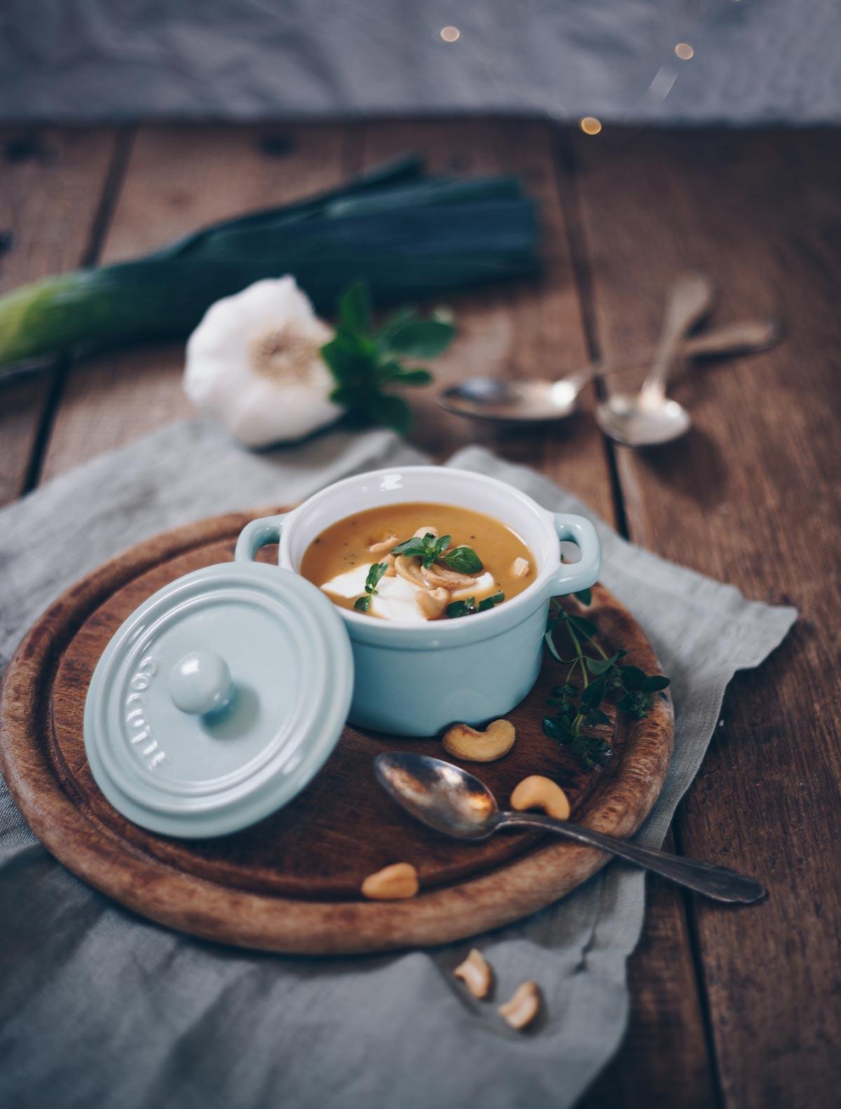 Wärmendes Suppenrezept für die kalte Jahreszeit - Süßkartoffel Porree Suppe Rezept