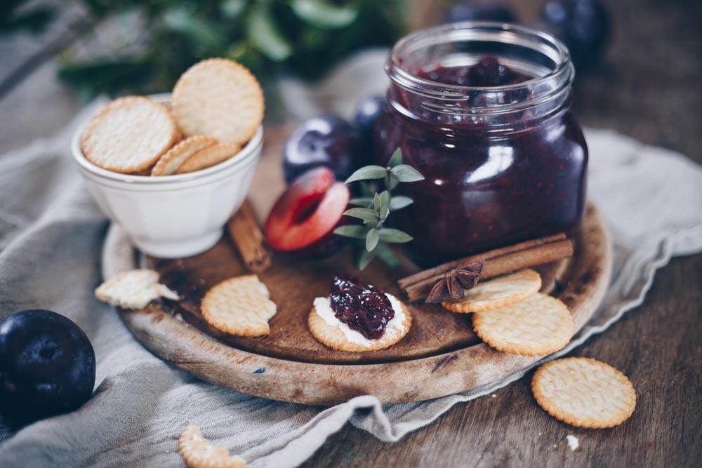 Pflaumen-Rotwein-Chutney Rezept - Geschenkidee aus der Küche