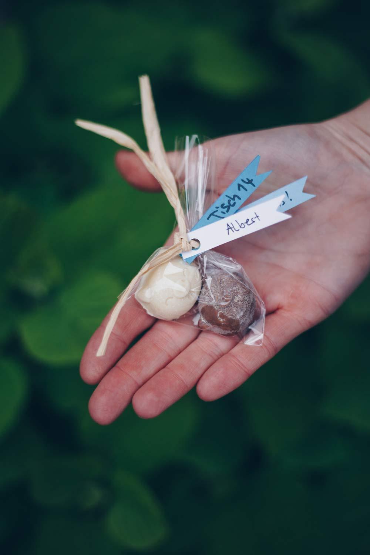 DIY Hochzeit Gastgeschenk - Schokoladenschweine - Tischkärtchen Ersatz