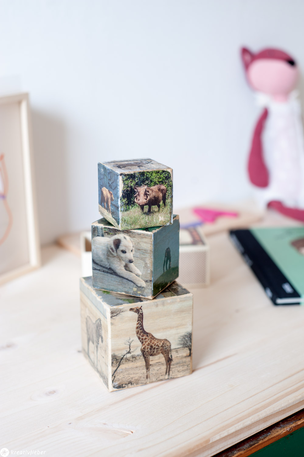 DIY Tierfotos auf Holzwürfel übertragen Geschenkidee für Kinder Dekoration