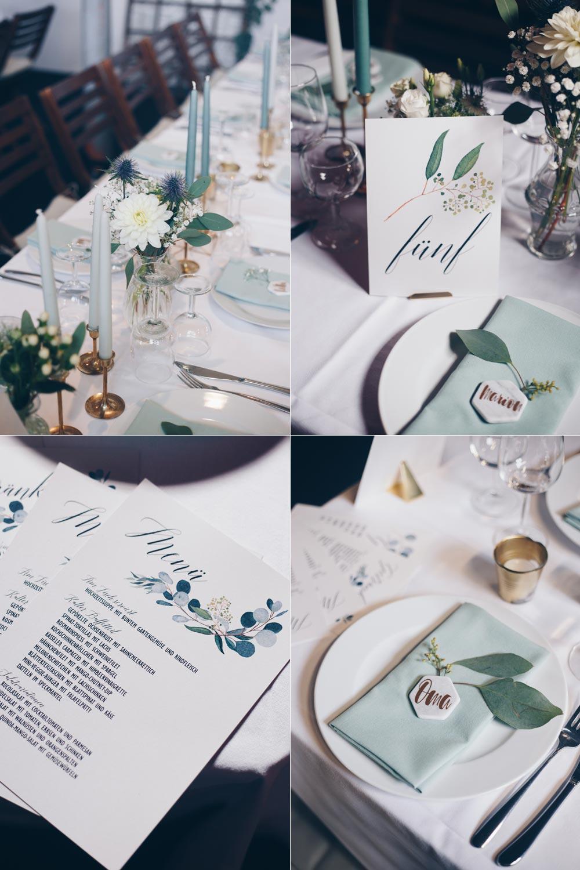 Hochzeitsdeko Inspiration DIY Scheuenhochzeit DIY Tischdeko in Grüntönen und Gold mit Eukalyptus und geometrischen Elementen