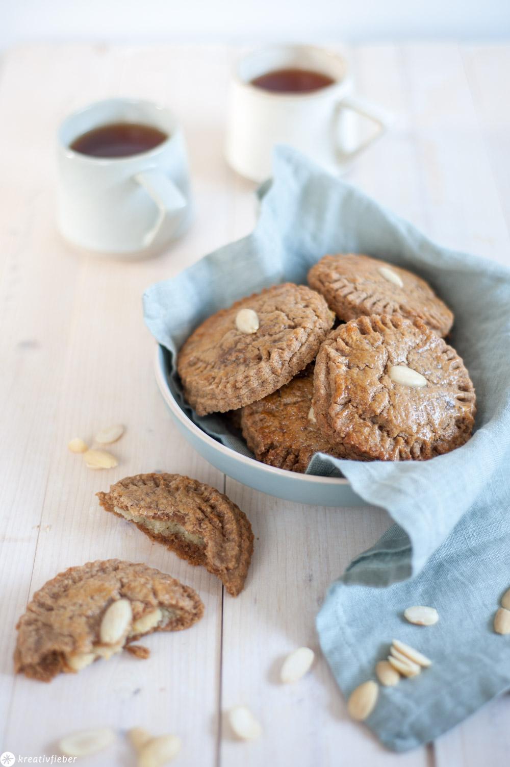 Rezepte aus den Niederlanden Gefüllte Kekse Küchlein gevulde koeken