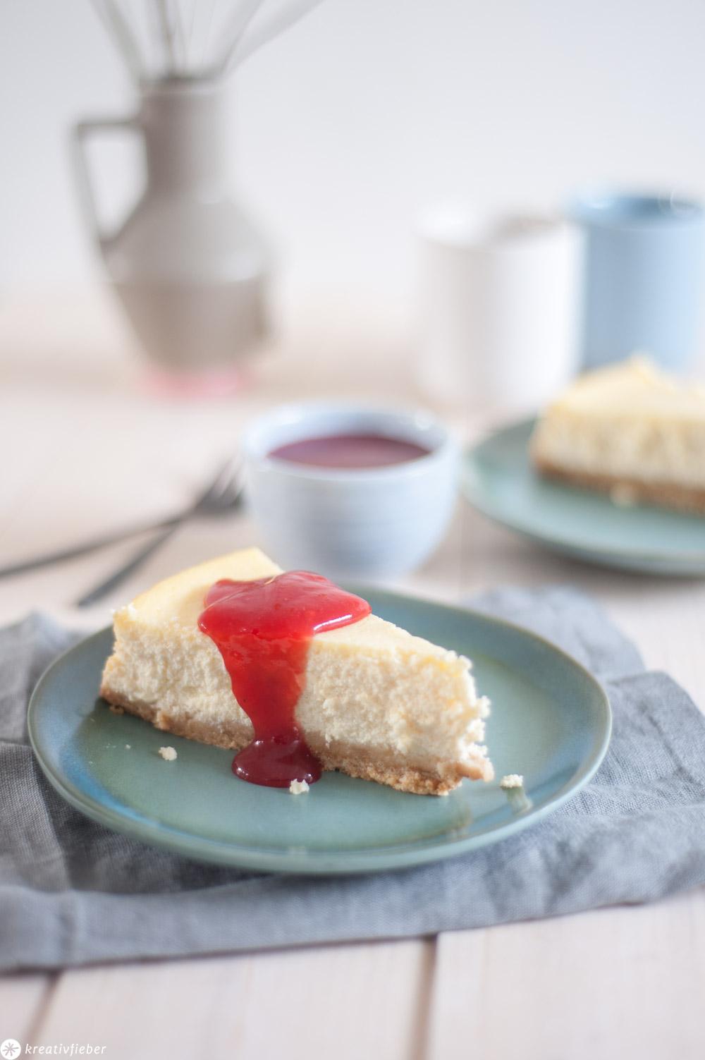 Cheesecake mit Erdbeersoße Rezept Käsekuchen