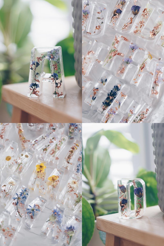 DIY Buchstaben Tischkärtchenhalter mit getrockneten Blüten aus Epoxidharz selbermachen - DIY Hochzeit