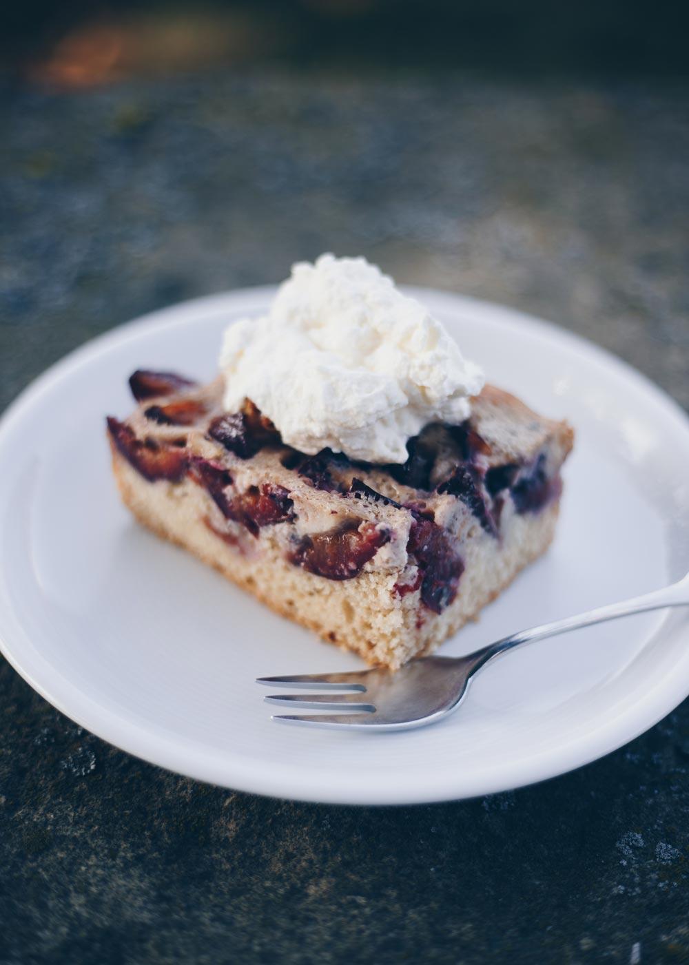 Einfacher Pflaumenkuchen vom Blech