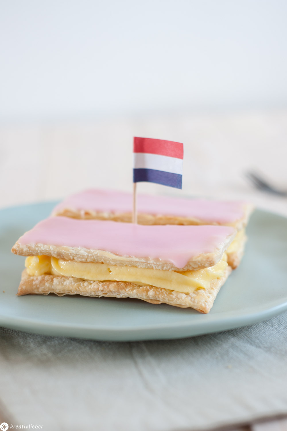 Rezepte aus den Niederlanden Tompouce Sahneschnitten Holland