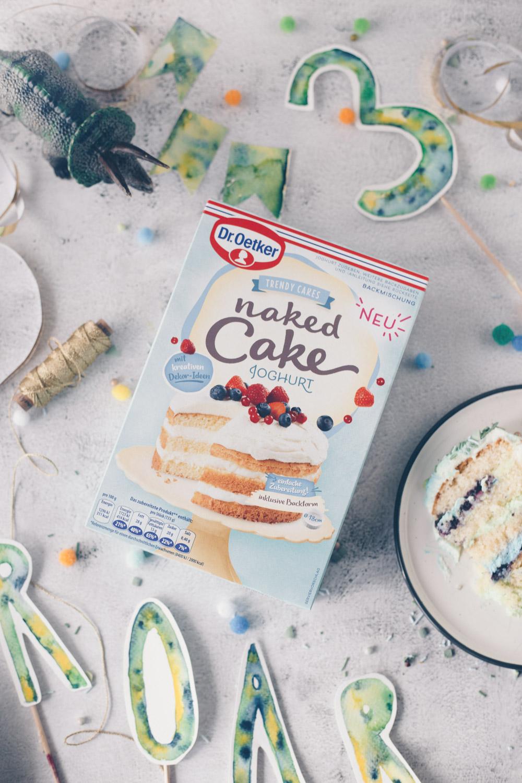 Dino Geburtstagstorte selbermachen für Anfänger mit Joghurtcreme
