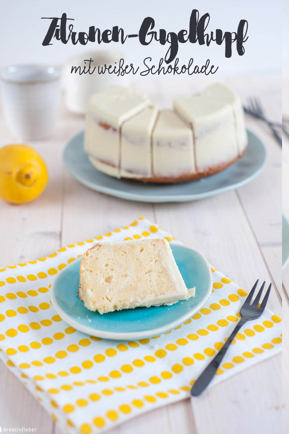 Zitronenkuchen mit weißer Schokoladenüberzug