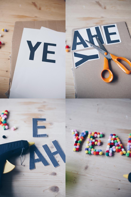 DIY Pompom Buchstaben fürs Kinderzimmer selbermachen Schritt für Schritt Anleitung
