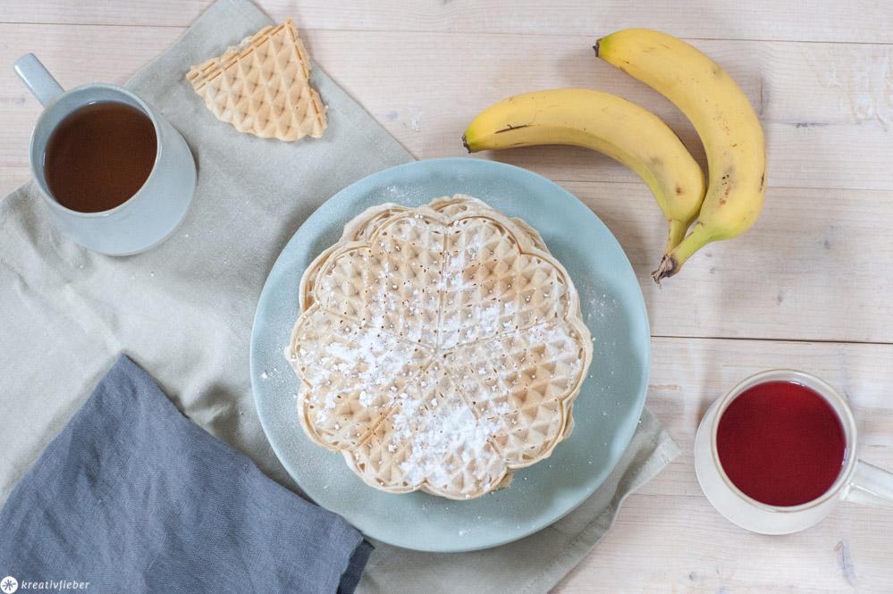 Vegan Waffeln ohne Zucker mit Bananen