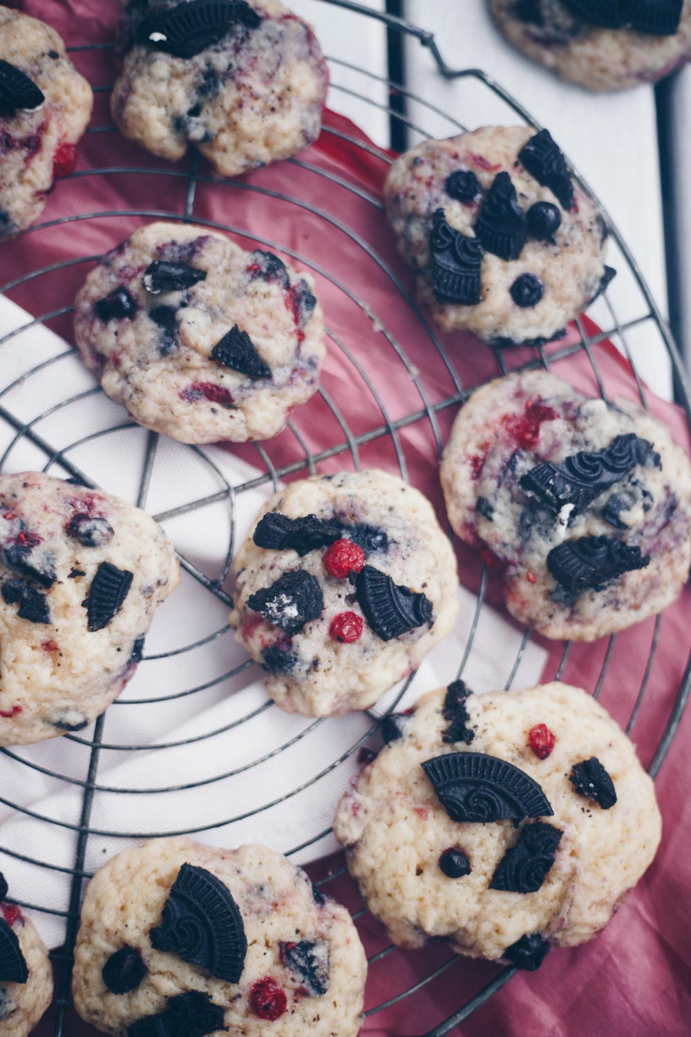 Berries & Cream Cookies backen