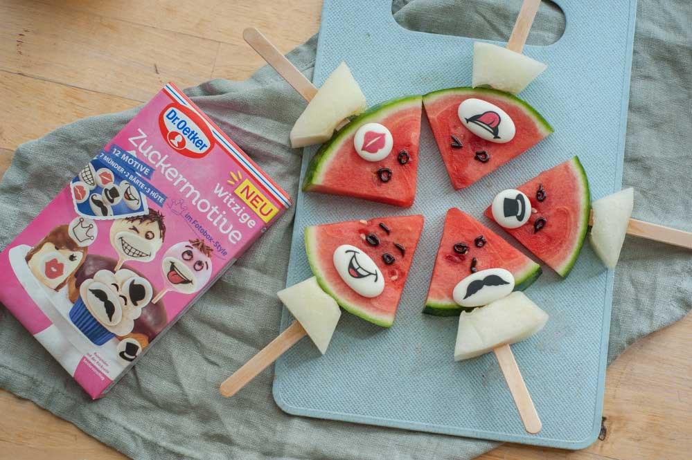 Obst am Spieß mit Gesicht Zuckermotive